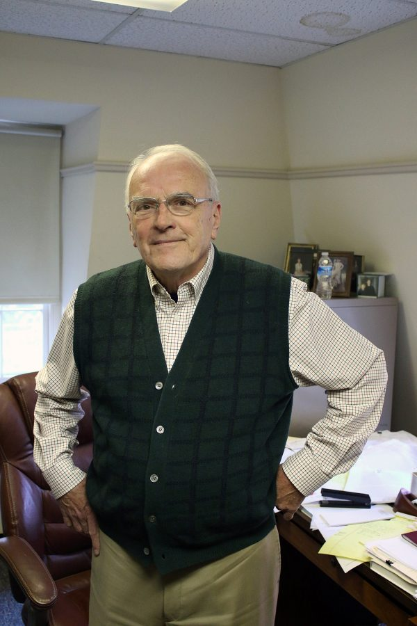 Professor+Heavey+retires+after+41+years+at+Lafayette
