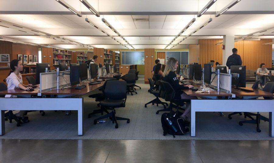 The+computer+lab+in+Skillman+Library.+%28Lauren+Fox+19%29