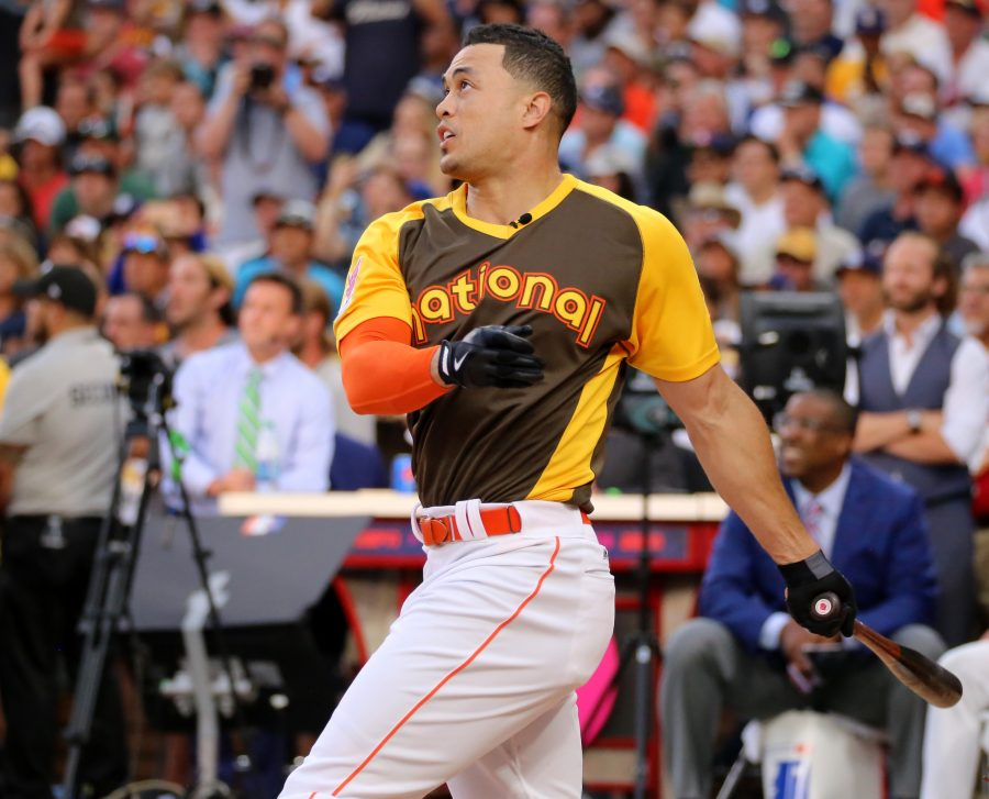 Marlins+OF+Giancarlo+Stanton+leads+MLB+in+home+runs%2C+pulling+away+from+Yankees+OF+Aaron+Judge+in+the+second+half+%28Photo+Courtesy+of+Wikimedia+Commons%29