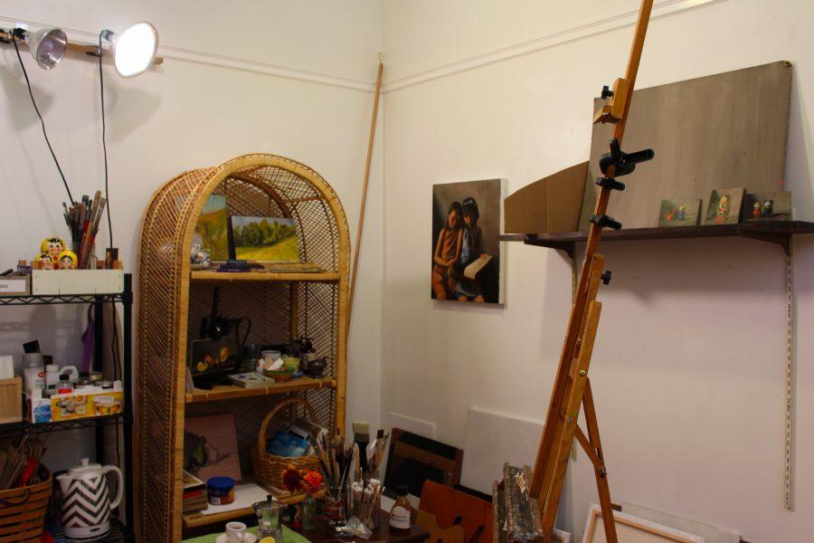Lauren+Kindle+Art+Studio+is+located+around+the+corner+from+Easton+Public+Market+%28Photo+by+Adrianna+Barazotti+21%29.