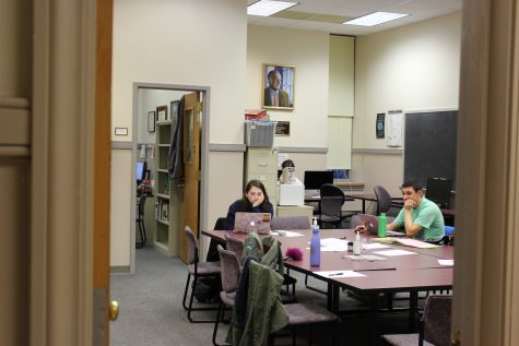 The College Writing Program is currently assessing the writing requirement and its effectiveness. (Photo by Adrianna Barazotti 21)
