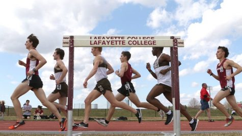 Both the men and women finished third out of three teams at the Colgate Pod Meet. (Photo courtesy of Athletic Communications)