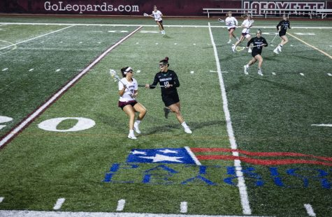 Womens lacrosse moved to 2-1 on the season after splitting a pair of home games. (Photo by Elle Cox 21)