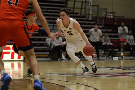 Senior co-captain Justin Jaworski scored a team-high 28 points in the loss to Bucknell. (Photo courtesy of Athletic Communications)