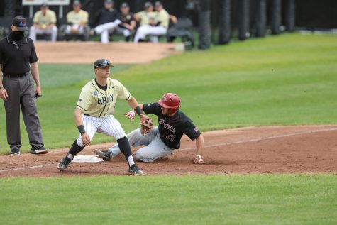 Junior catcher Dylan Minghini had two RBIs in the final game of the semifinal series. (Photo courtesy of Athletic Communications)