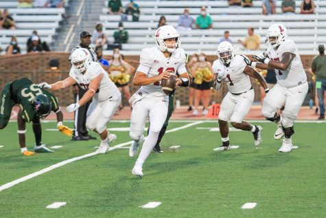 Lafayette football loses in blowout against William and Mary while defensive squad shines. (Photo courtesy of Athletic Communications)
