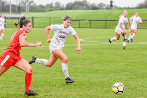 Womens soccers freshman defender Gretchen Weachter is looking forward to starting Patriot League play after being named Patriot League Rookie of the Week. (Photo courtesy of Cole Jacobson 24)