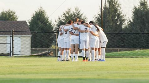 The Lafayette mens soccer team fails to score a goal in back-to-back games against rival Lehigh and Hofstra last week. (Photo courtesy of GoLeopards.com)